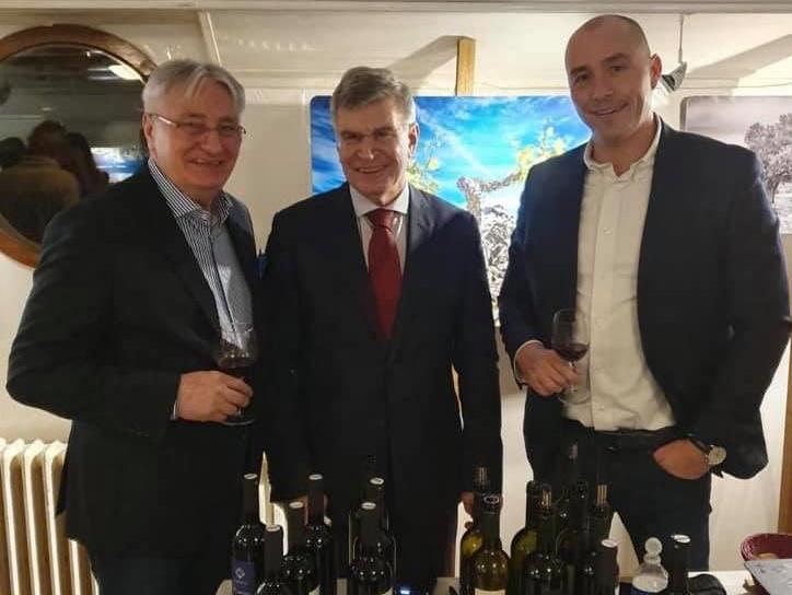 Pariz promocija vina